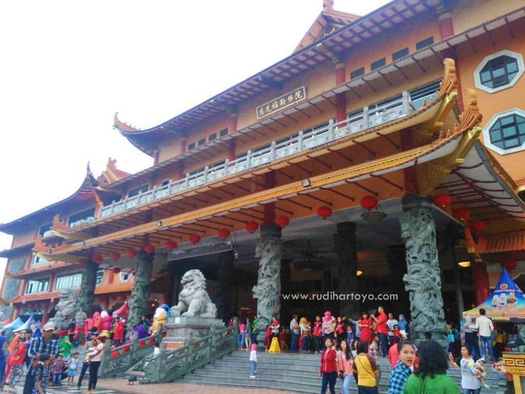 Kemeriahan Imlek Maha Vihara Maitreya Medan Rudi Hartoyo Kota