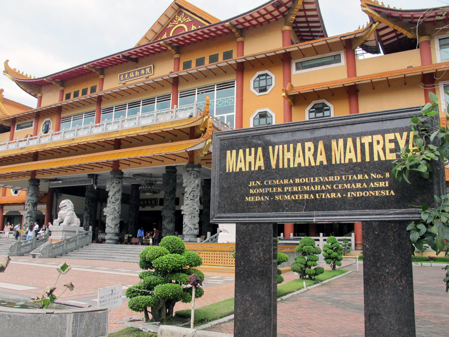 Maha Vihara Maitreya Kunjungan Terakhir Medan Majalah Griya Asri Kota