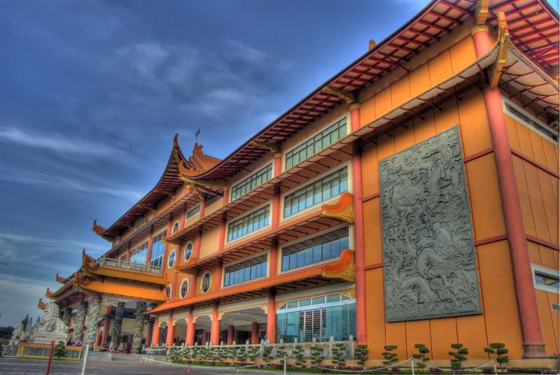 Maha Vihara Maitreya Side View Photo Sumatera Utara Medan Kota