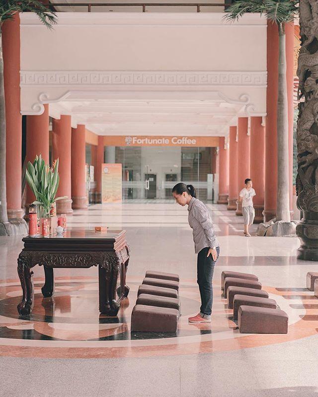 Medan Maha Vihara Maitreya Located Cemara Asri Area North Sumatera