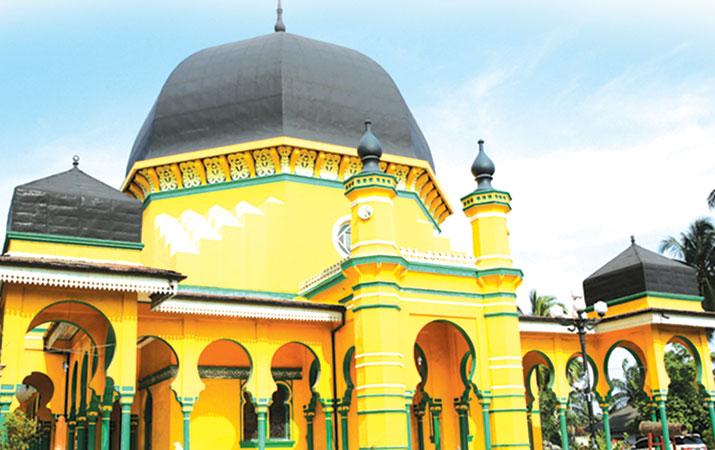 Berita Arsitektur Mesjid Alkulturasi Budaya Lokal Harian Masjid Al Osmani