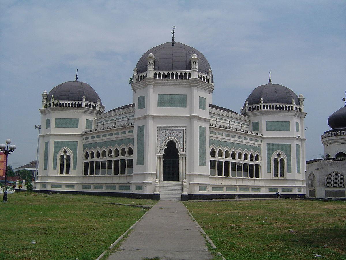Great Mosque Medan Wikipedia Masjid Al Osmani Kota
