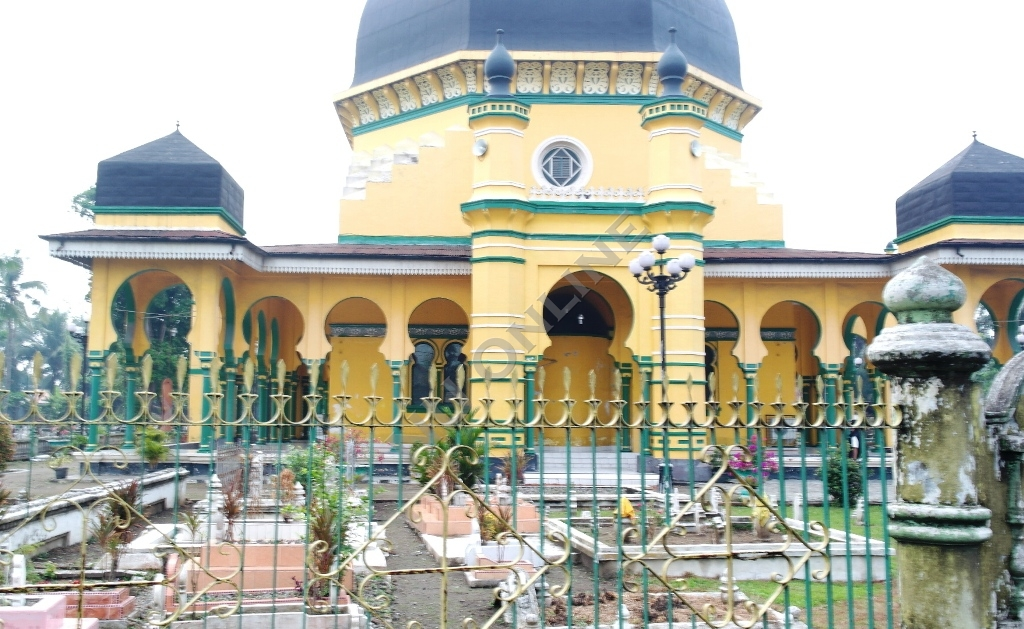 Masjid Al Osmani Istana Maimoen Legenda Meriam Puntung Nu Online