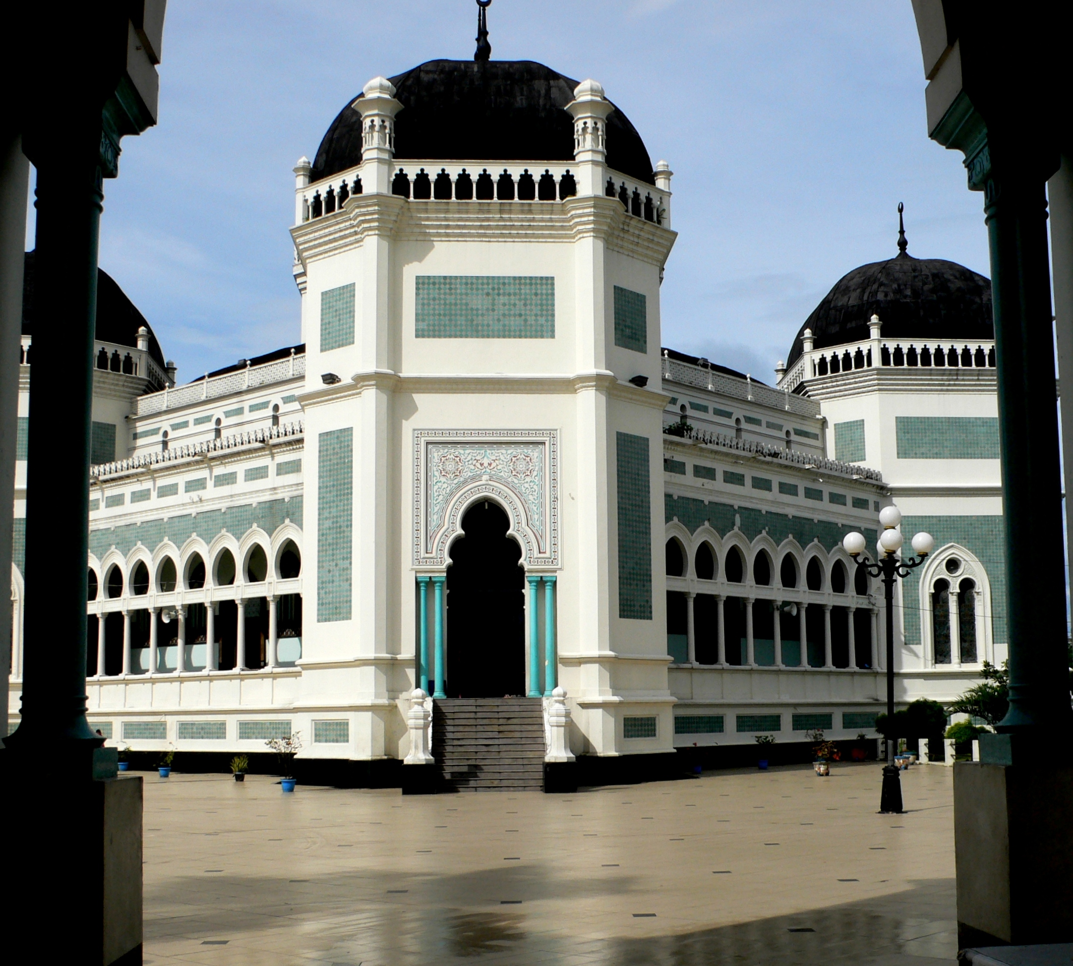 Masjid Al Osmani Rekam Jejak Tertua Medan Panduan Megahnya Raya