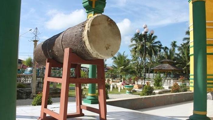 Masjid Al Osmani Tertua Kota Medan Ornamen Ukirannya Terletak Sekitar
