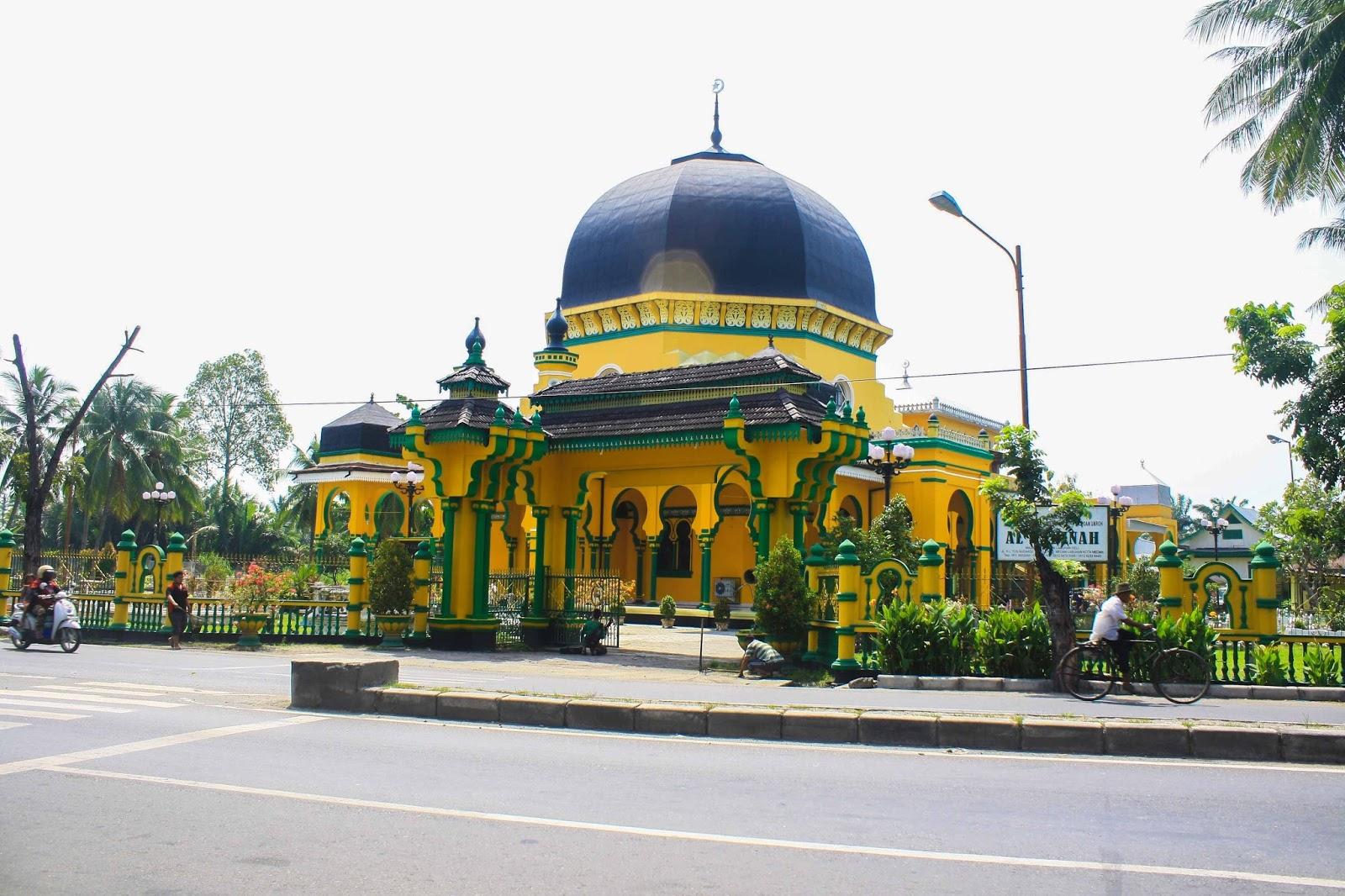 Masjid Peninggalan Kesultanan Deli Tri Images Al Osmani Letaknya Tepat