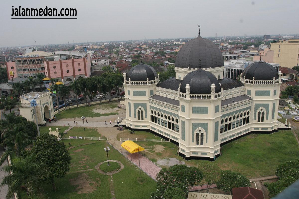 Masjid Raya Al Mashun Medan Dunia Dimata Muslimah Parenting Osmani