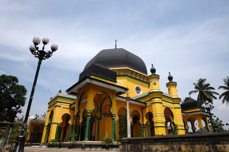 Masjid Raya Al Osmani Tempat Wisata Religi Terbaik Kota Medan
