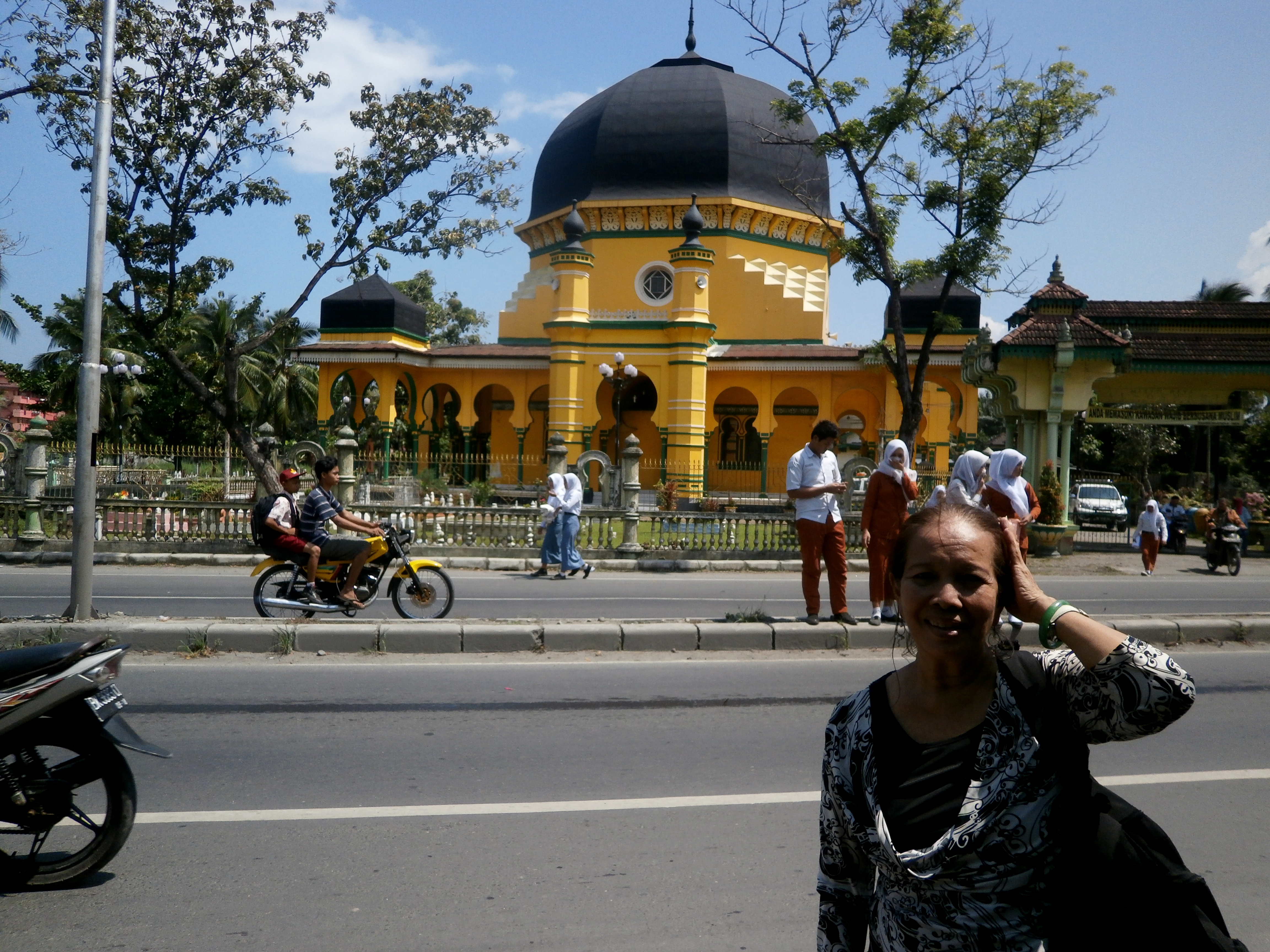 Mesjid Raya Al Osmani Labuhan Deli Puti Batusa Kesempatan Kunjungan