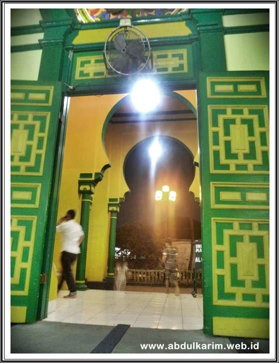 Mesjid Raya Al Osmani Tertua Kota Medan Catatan Karim Pintu