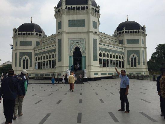 Al Mashun Grand Mosque Picture Medan Tampak Muka Bangunan Masjid
