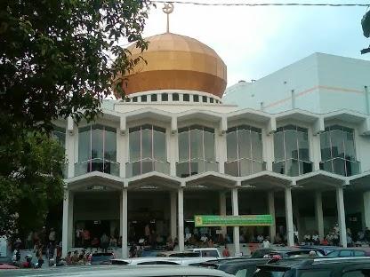 Masjid Agung Sumatera Utara Terbesar Kota Medan Wisata Memiliki Satu