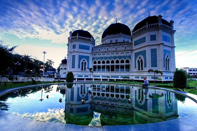 Masjid Raya Al Mashun Medan Rahmatan Lil Alamin Sebuah Terletak