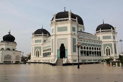 Masjid Raya Al Mashun Medan Rumah Alloh Terletak Jantung Kota