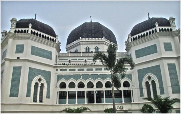 Masjid Raya Al Mashun Medan Topografi 109 Semedan Berumur Dibangun