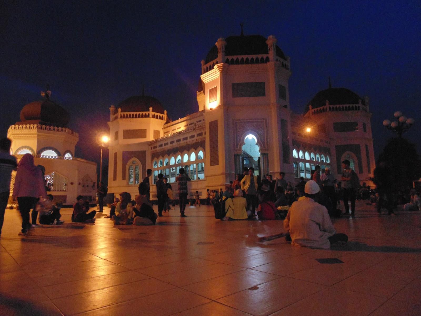 Masjid Raya Al Mashun Simbol Kejayaan Islam Kota Medan