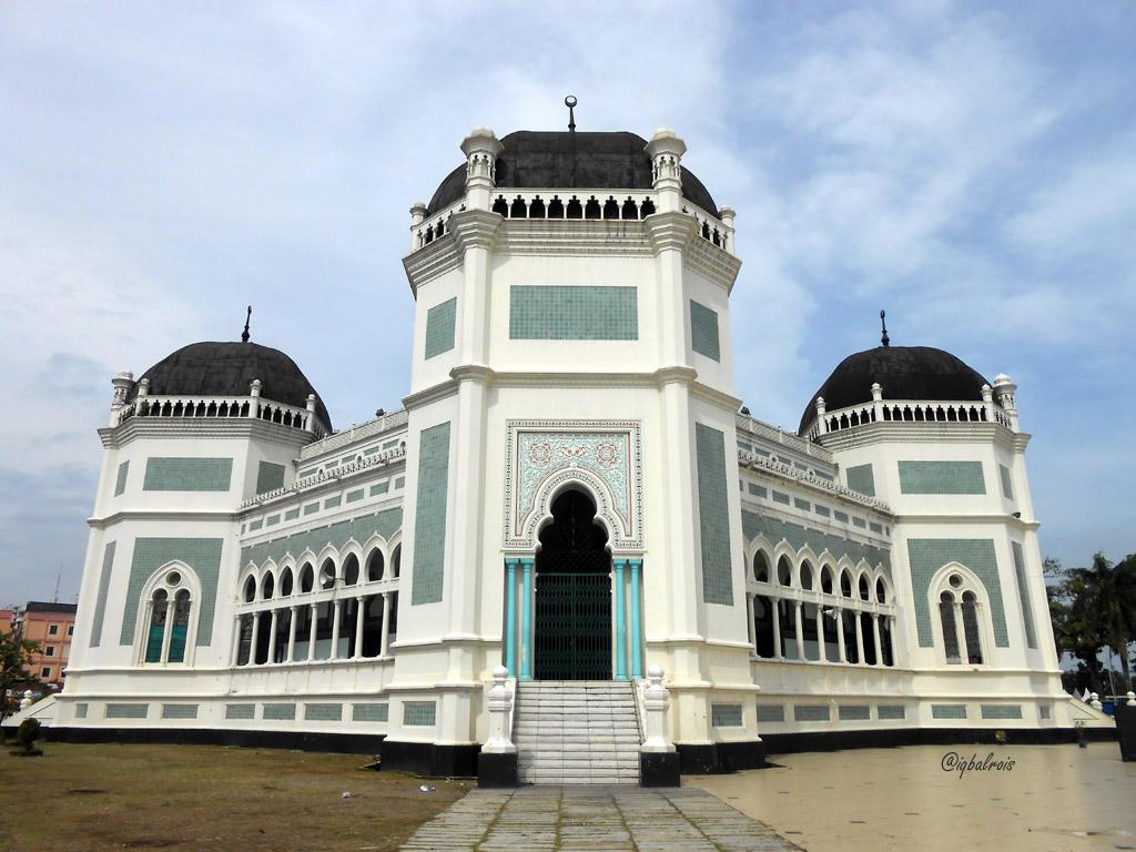 Masjid Raya Medan Jalankemanagitu Tiga Jam Mutar Kota