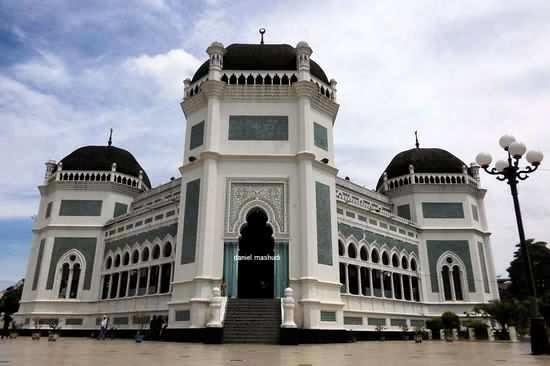 Masjid Raya Medan Tempat Wisata Sumatera Utara 1 Kota