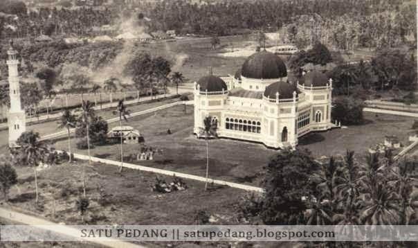 Sejarah Bangunan Masjid Raya Al Mashun Asal Usul Medan Kota