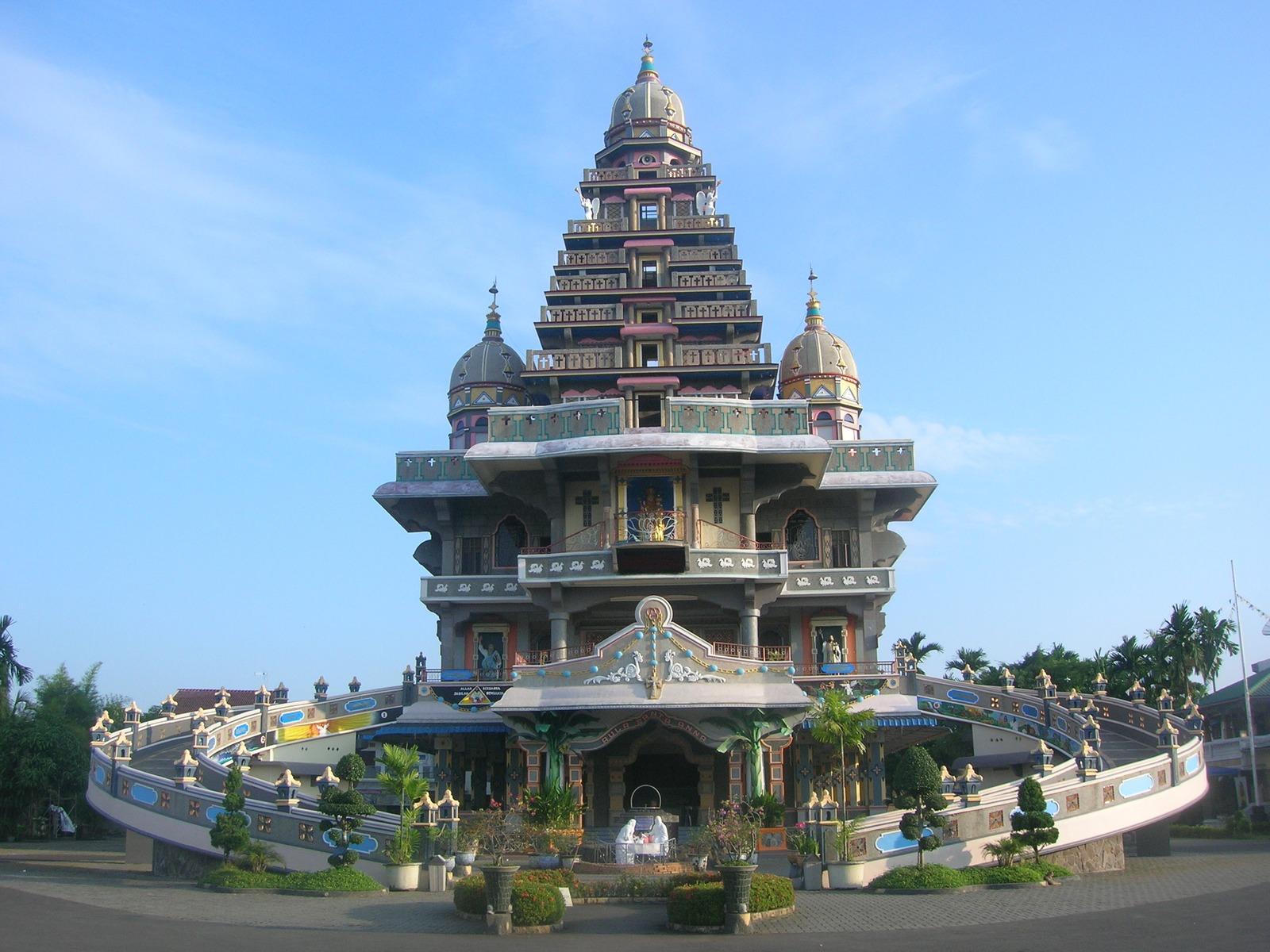 15 Objek Wisata Medan Sumatera Utara Menarik Menara Air Tirtanadi