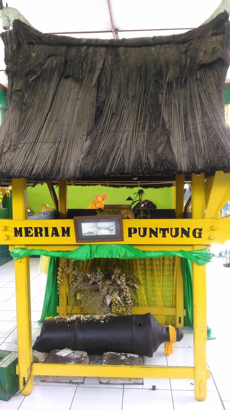 Legenda Meriam Puntung Medan Traveller Writer Putung Dikeramatkan Kota