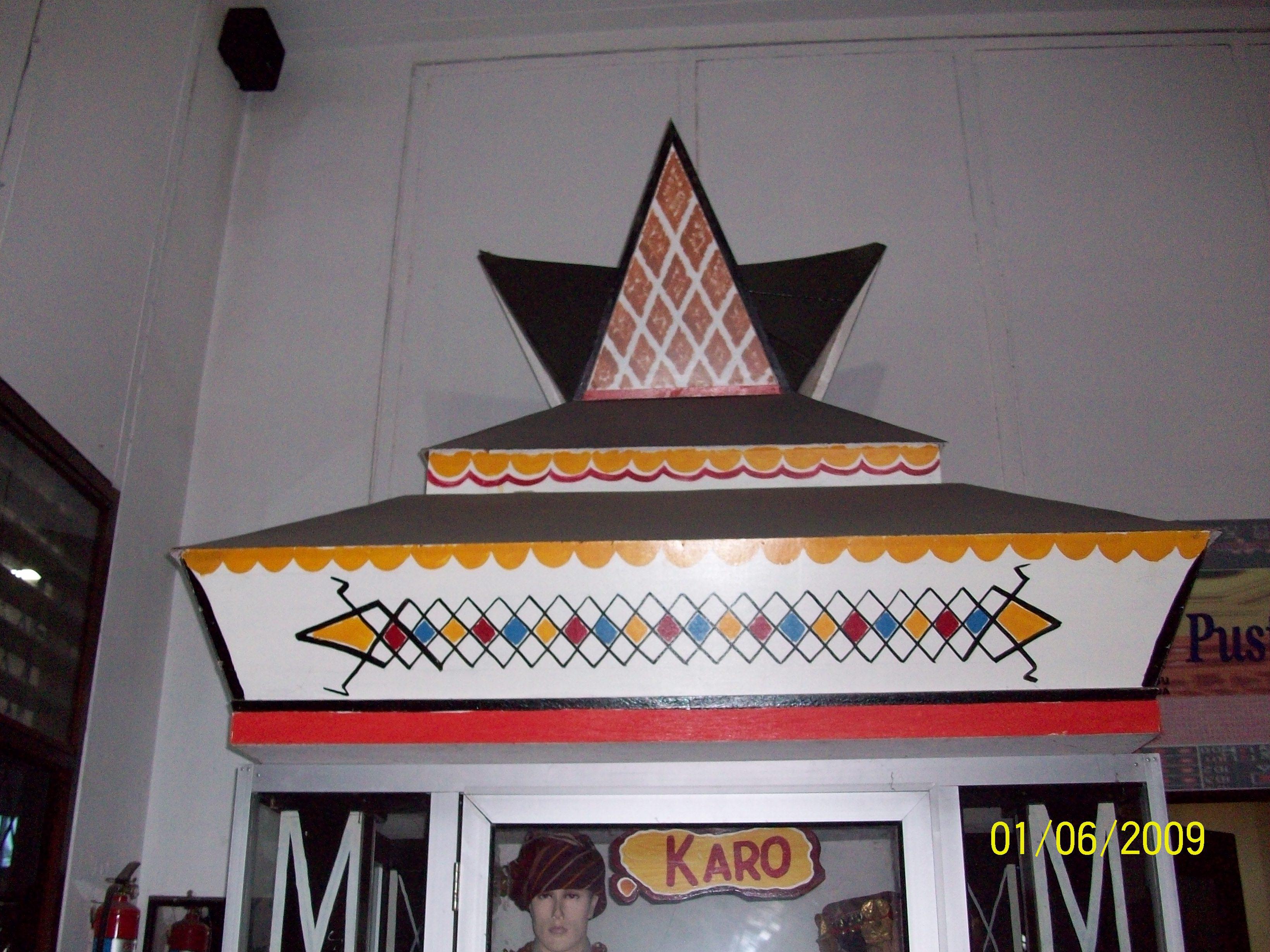 Meriam Puntung Istana Maimoen Sebuah Cerita Aurora Yamerescha Tentunya Menikmati