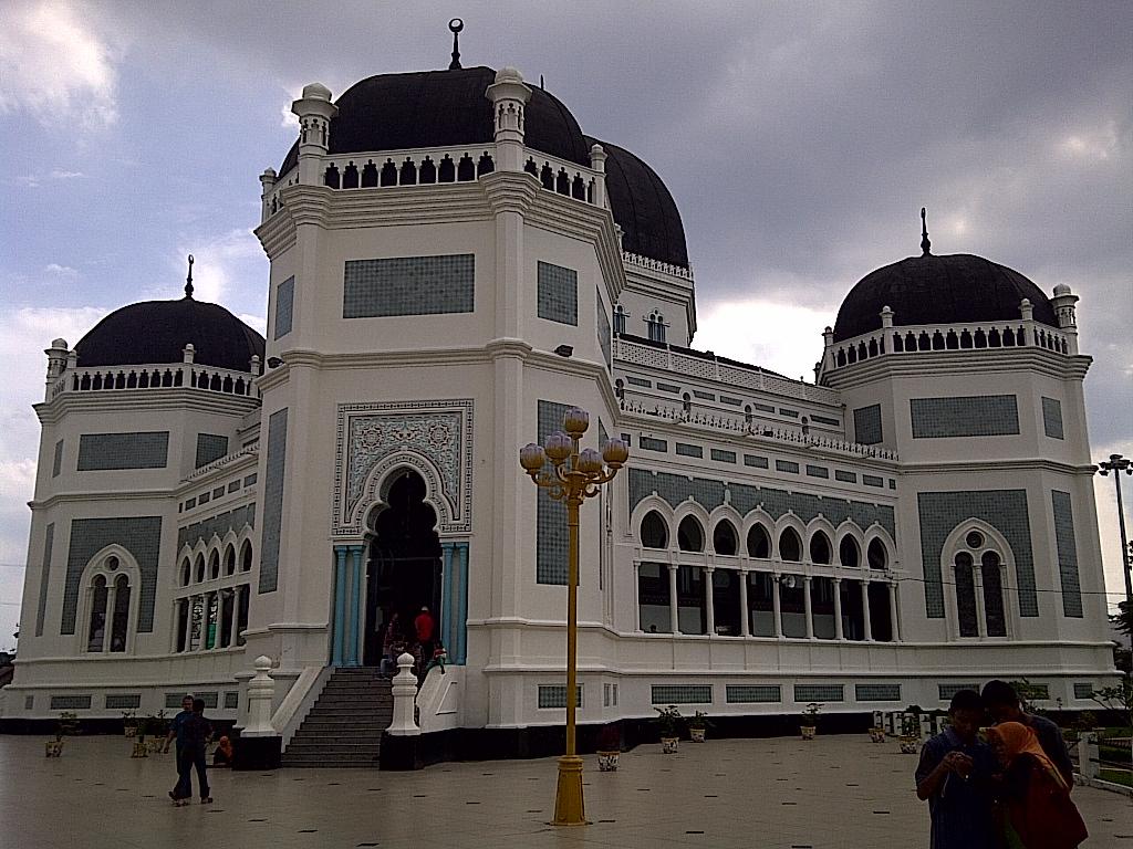 Wisata Sejarah Kota Medan Istana Maimun Meriam Puntung Free Legenda