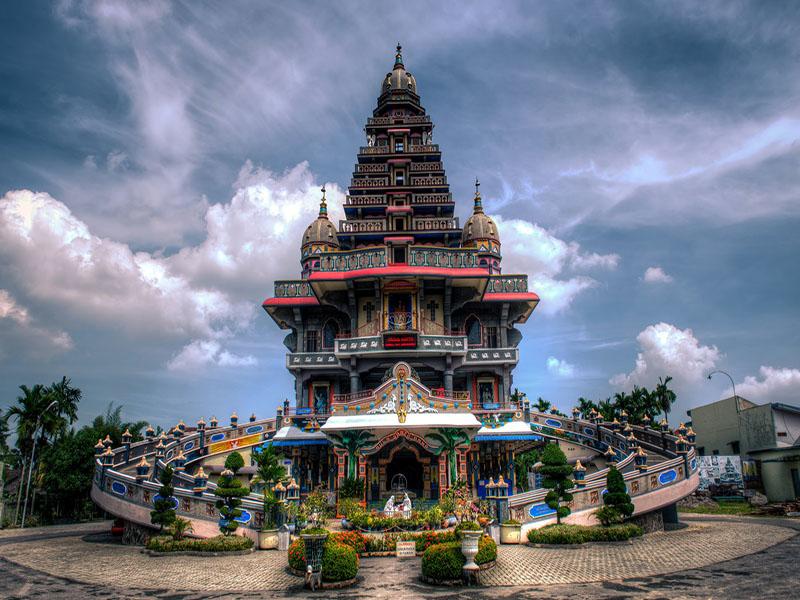 50 Tempat Wisata Medan Menarik Wajib Dikunjungi Destinasi Religi Kota