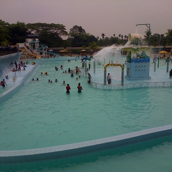 Mora Indah Water Park Gol Da Fotograflar 5 25 2014