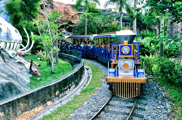Tempat Wisata Medan Kunjungi Kereta Hill Park Mora Indah Kota