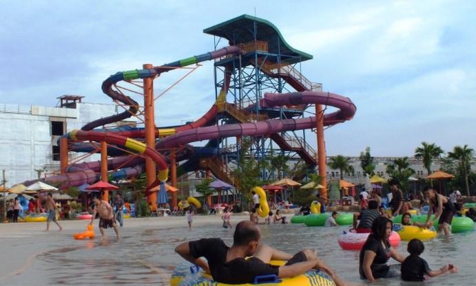Wahana Waterpark Medan Patut Kamu Kunjungi Mora Indah Kota