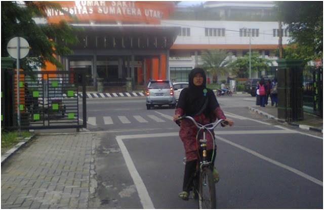 Bike Campus Green Indonesia Mahasiswi Usu Kampus Naik Oleh Azura