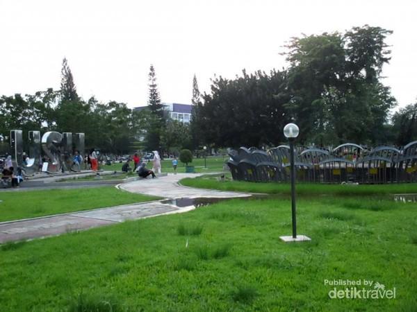 Serunya Main Kasih Makan Rusa Taman Kampus Usu Hijau Penangkaran