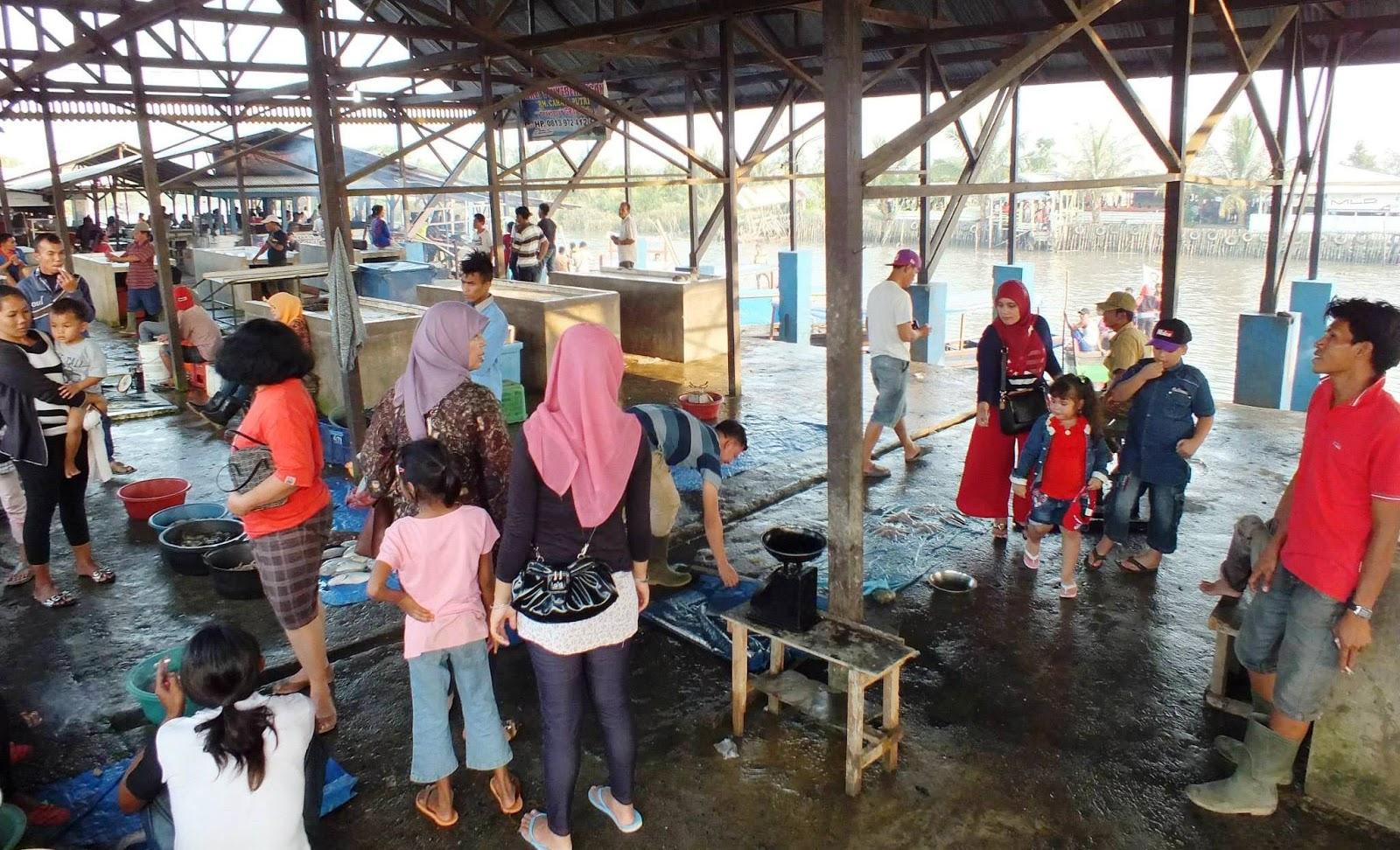 Restoran Terapung Desa Bagan Percut Ujung Sei Tuan Kota Medan