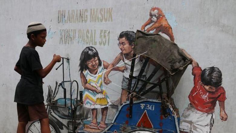 Becak Mural Medan Karya Pelukis Dunia Hilang Seni Anak Kota