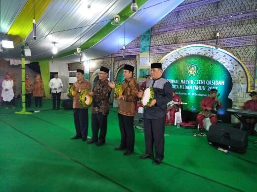 Labuhan Juara Umum Festival Nasyid Seni Qasidah Tingkat Kota Medan