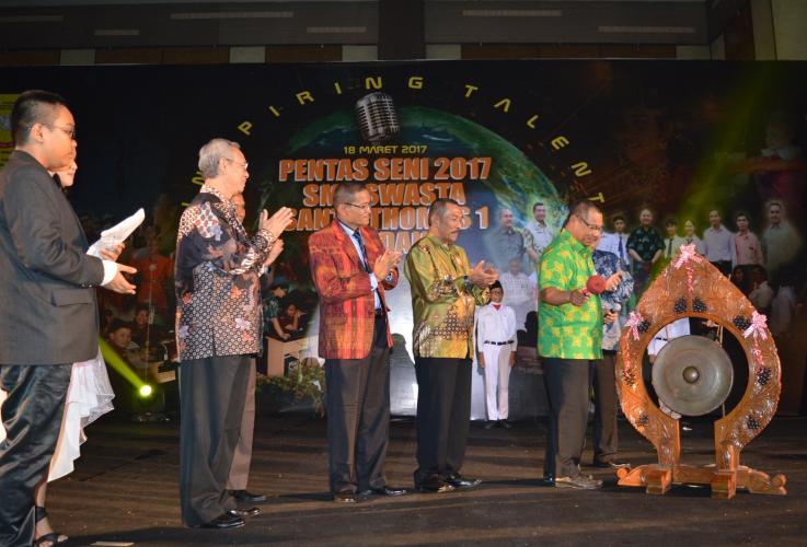 Mobile Version Http Hariansib Sib Danres Saragih Pentas Seni Wakil