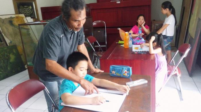 Sanggar Mutiara Tekad Lahirkan Regenerasi Pelukis Tribun Medan Tommy Seni