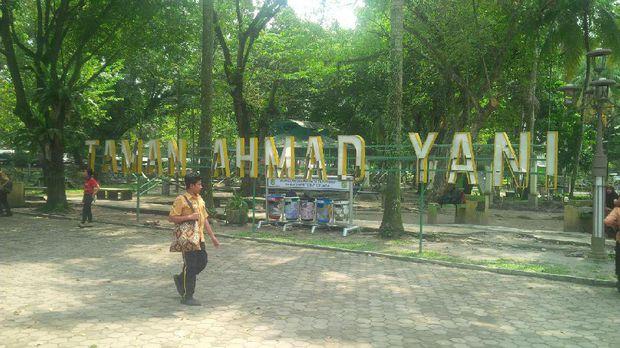 Menikmati Asrinya Taman Beringin Kota Medan Ahmad Yani Lokasinya 500