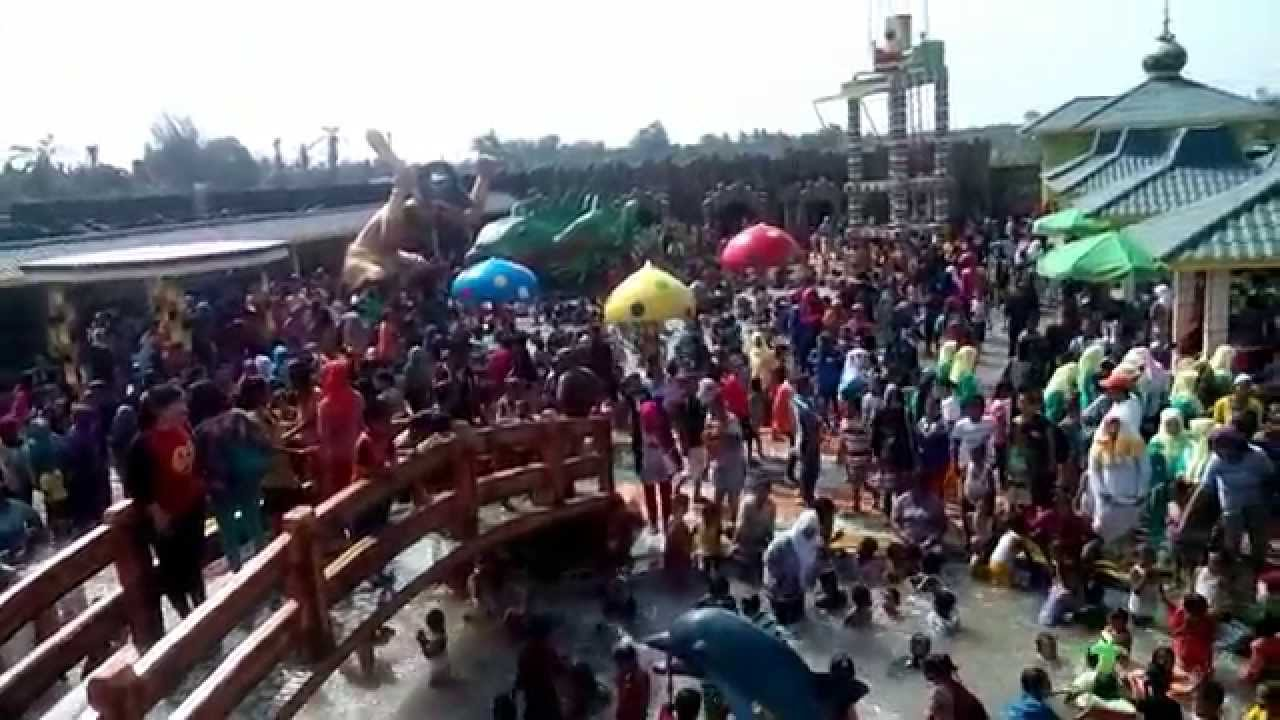 Waterpark Kolam Renang Bima Utomo Youtube Taman Air Kota Medan