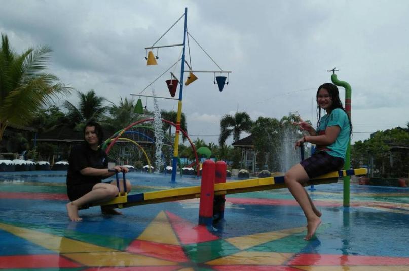 25 Tempat Wisata Medan Sekitarnya Hits Hairos Water Park Taman