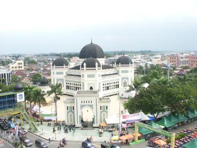 40 Tempat Wisata Medan Romantis Terbaru Wajib Dikunjungi Kota Johor