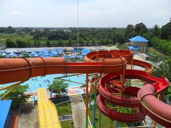 Fadlimfs Hairos Waterpark Medan Taman Air Kota