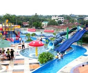 Hairos Water Park Medan Obyek Wisata Fasilitas Taman Waterboom Tertinggi