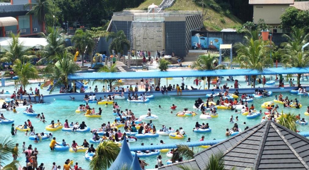 Keseruan Liburan Wisata Keluarga Waterpark Hairos Medan Tempat Taman Air