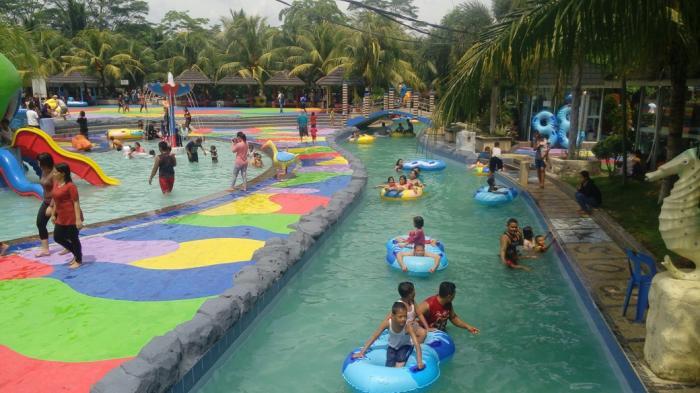 Menikmati Libur Akhir Pekan Hairos Water Park Tribun Medan Taman
