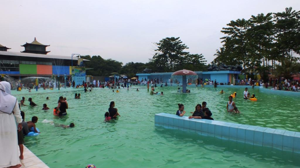 Wahana Waterpark Medan Patut Kamu Kunjungi Berada Didalam Taman Hiburan