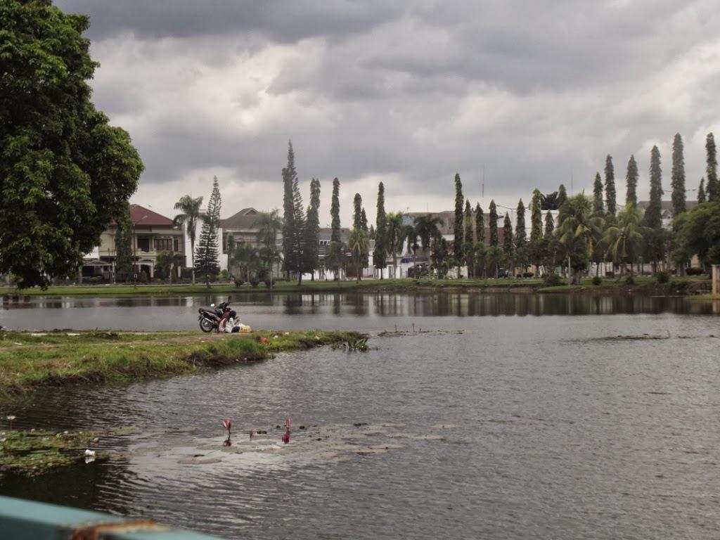 Panduan Wisata 23 Bersantai Taman Cadika Medan Pramuka Kota