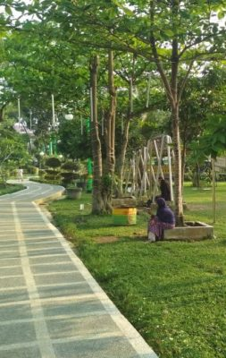 Taman Cadika Pramuka Mulai Ramai Dikunjungi Sorasirulo Ketika Malam Hari