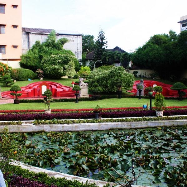 Taman Kebun Bunga Museum Tjong Yong Hian Medan Kota